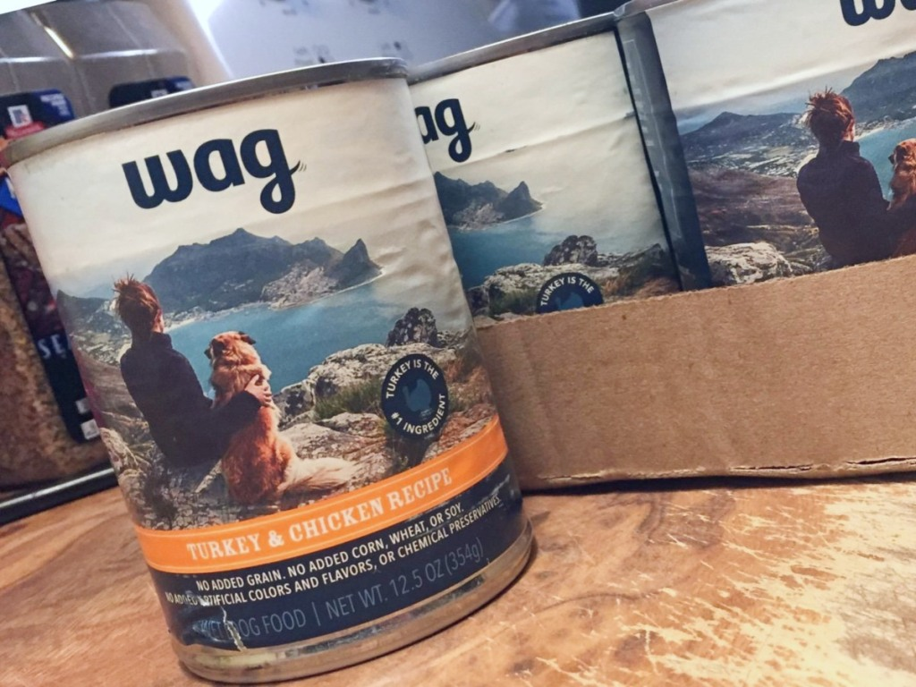 Wag turkey and chicken canned dog food