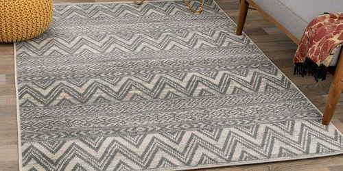 5'x7′ Area Rugs from $41.86 on Zulily.com (Regularly $129)