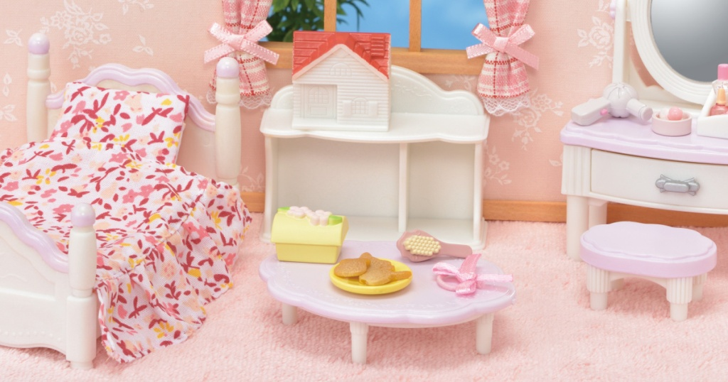 Calico Critters bedroom furniture set