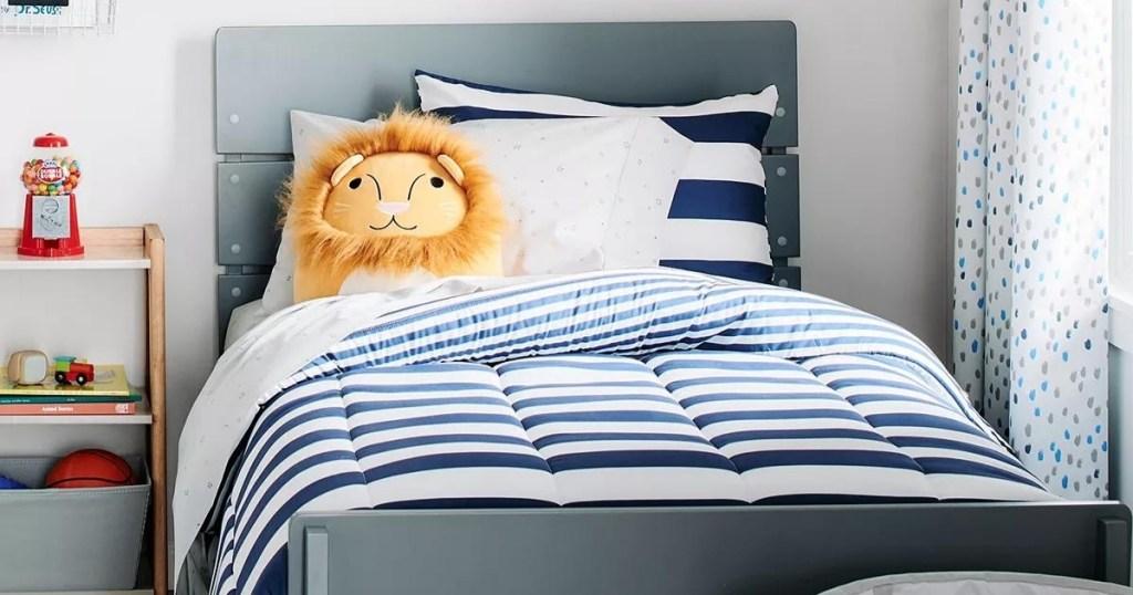 Kids Lion Squishy Critter Pillow