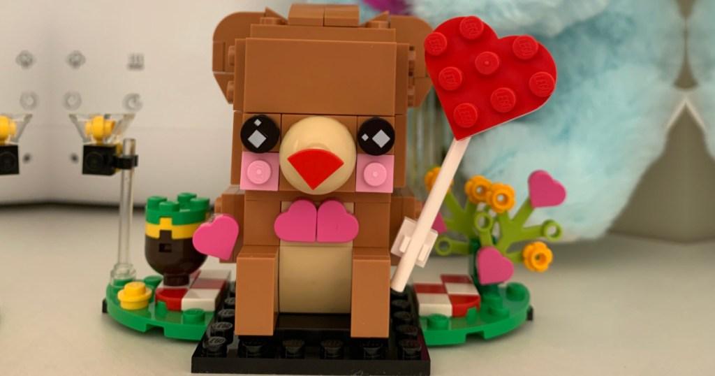 lego brick headz valentine bear