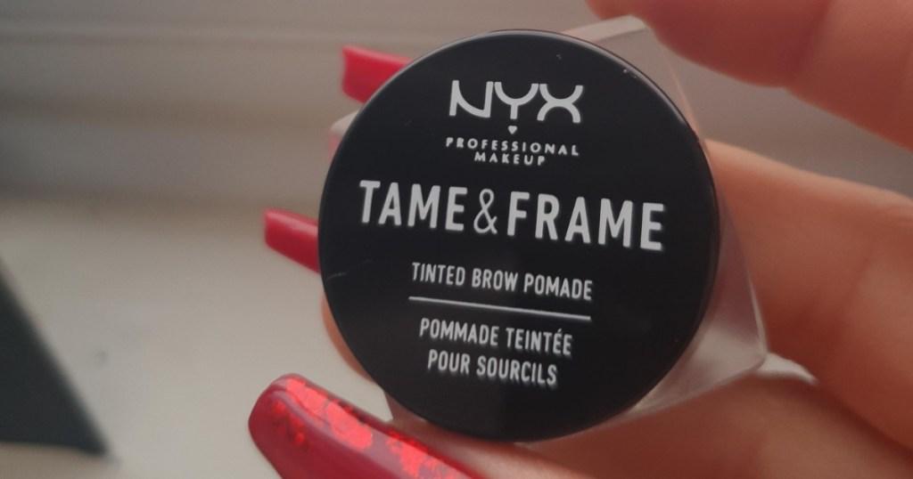 NYX PROFESSIONAL MAKEUP Tame & Frame Eyebrow Pomade