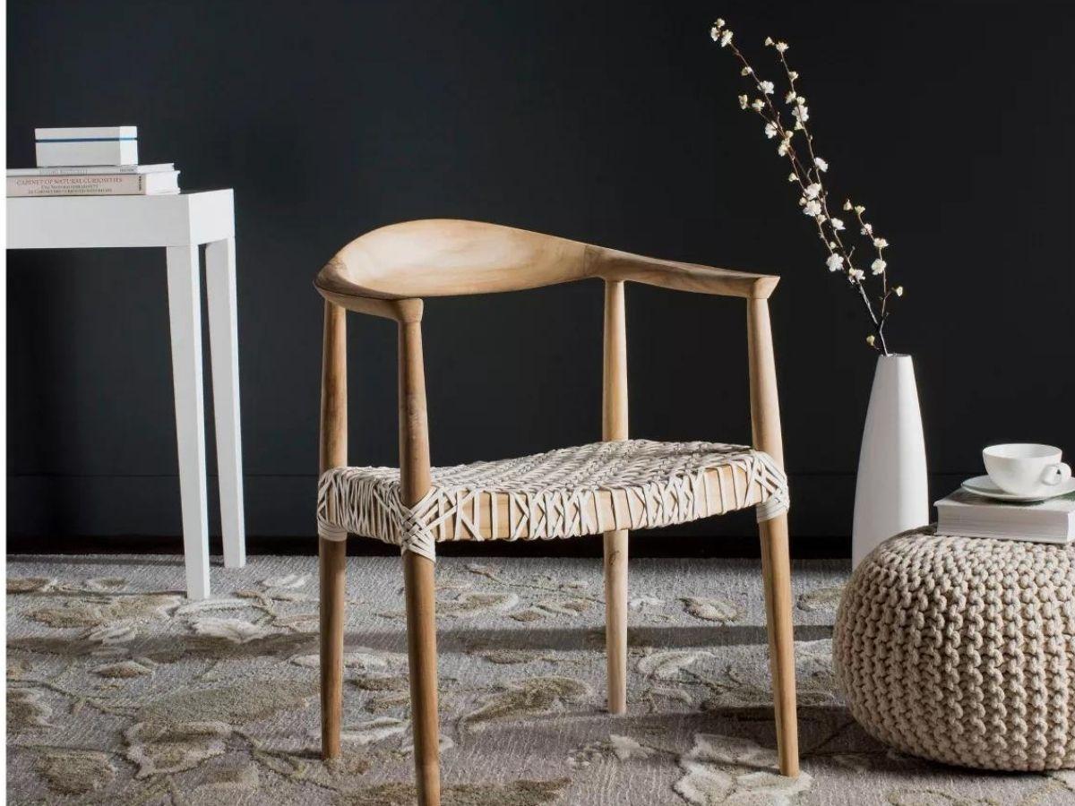 Safavieh Fes Armchair in White:Teak