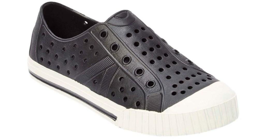 women's black water shoes