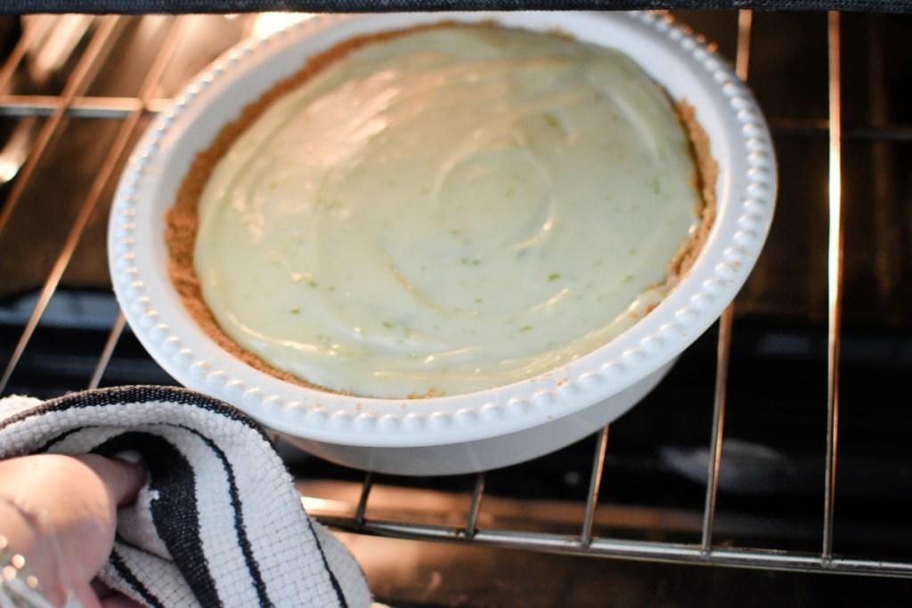 baking a key lime pie
