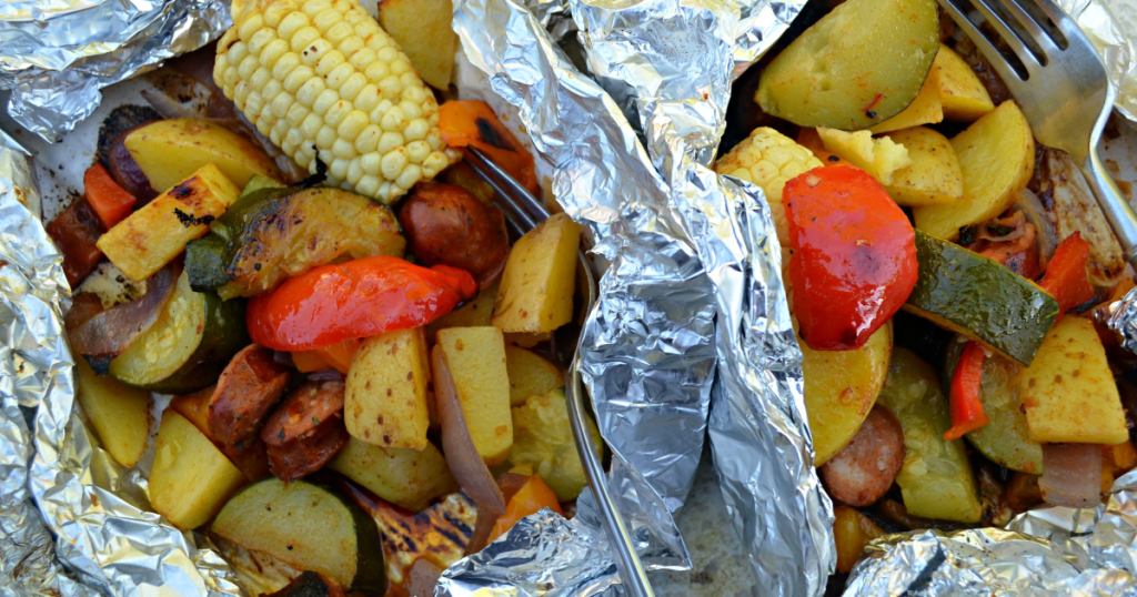 foil packet meals filled with veggies