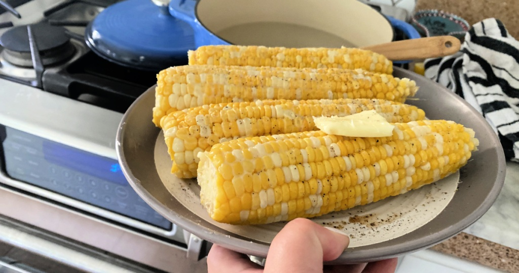 plate of boiled corn
