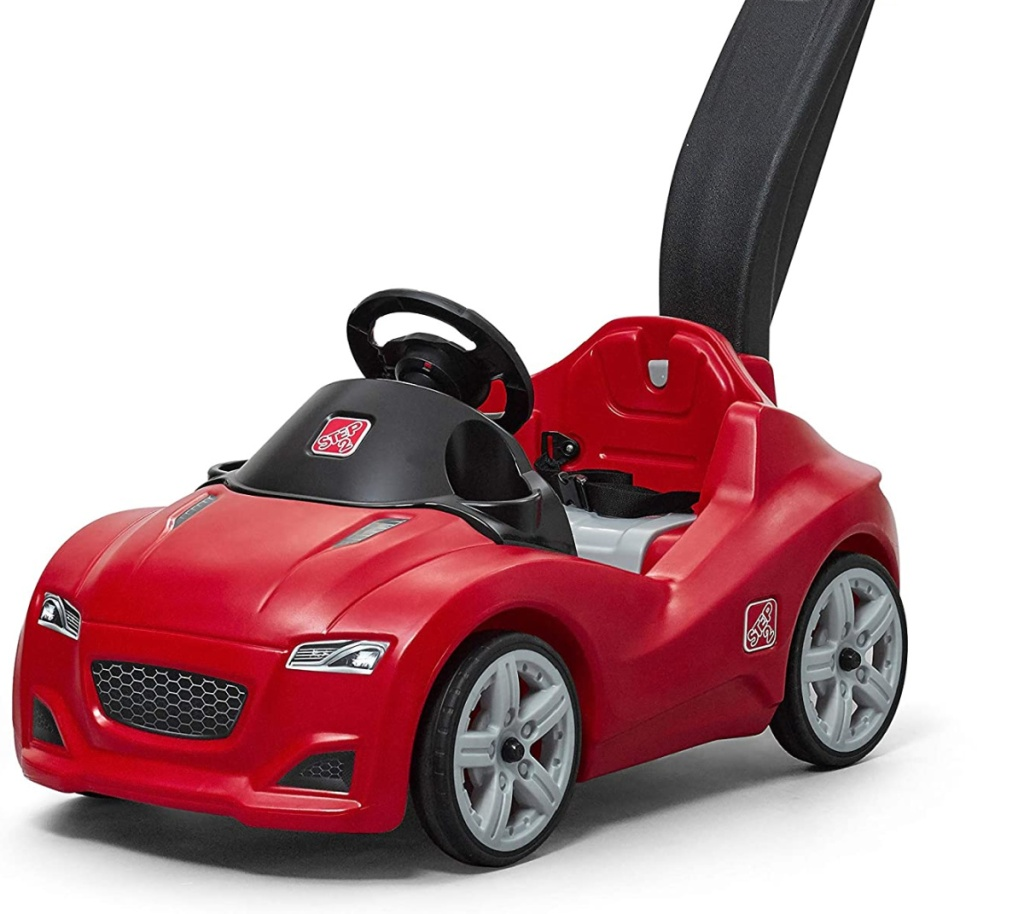 red kids push car