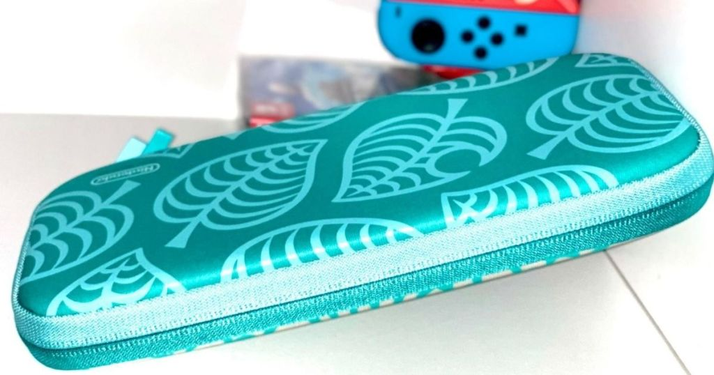 green Nintendo Switch case