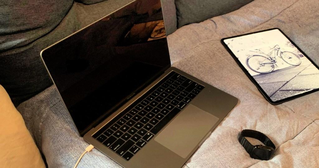 Apple MacBook Pro (8th Gen) in silver