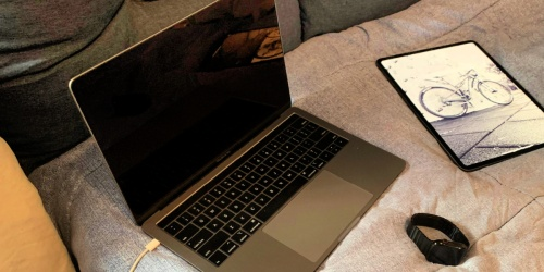 Save $900 Off the NEW 8th Gen Apple MacBook Pro | Great for College Students!