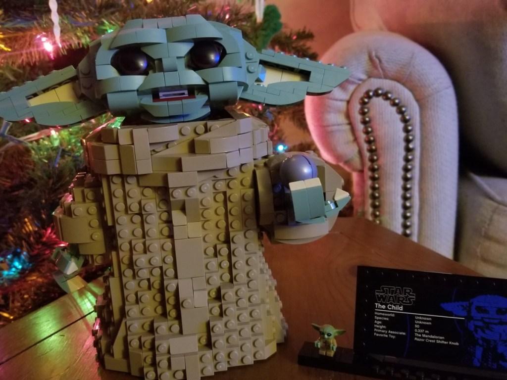 Lego set built to resemble baby Yoda