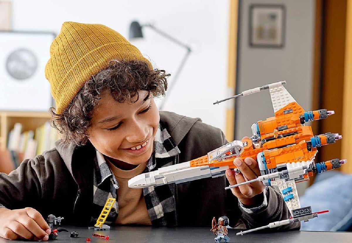 LEGO Poe kid playing (2)