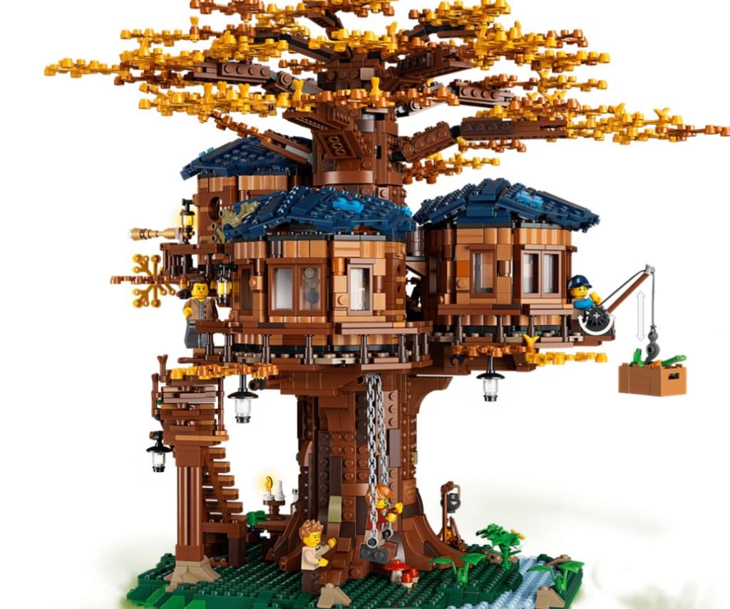 LEGO TREE HOUSE!