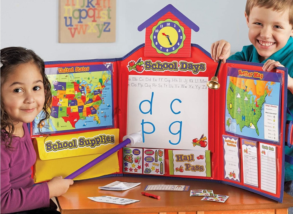 Learning Resources 149-Piece Pretend & Play School Set