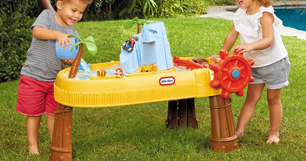 kids playing with Little Tikes Island Water Table