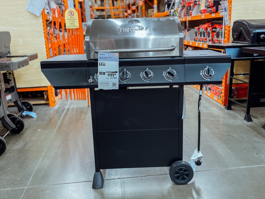 Gas Grill on display at home depot