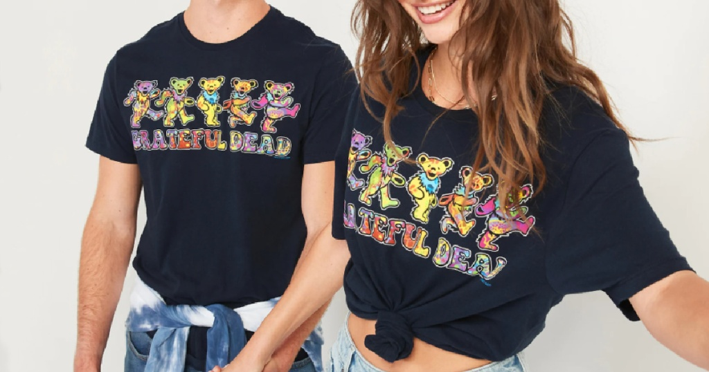 2 adult wearing grateful dead t shirts