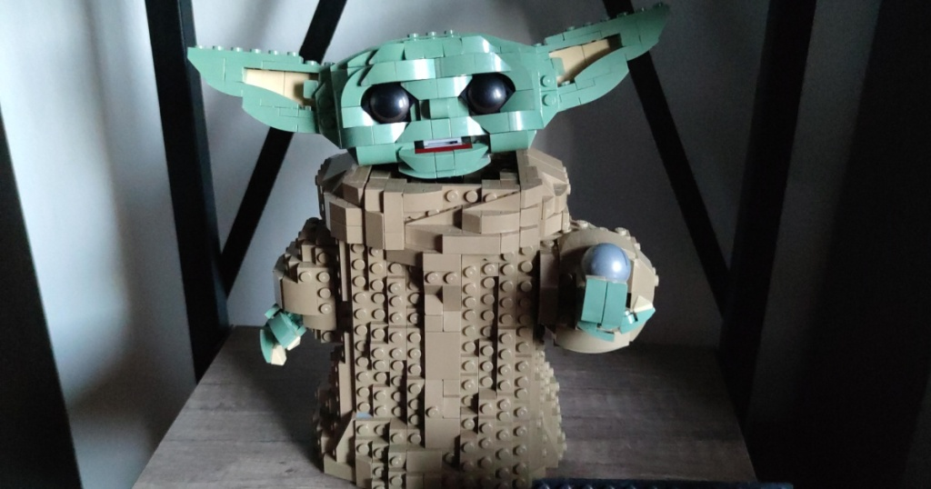 Lego set in the shape of Baby Yoda