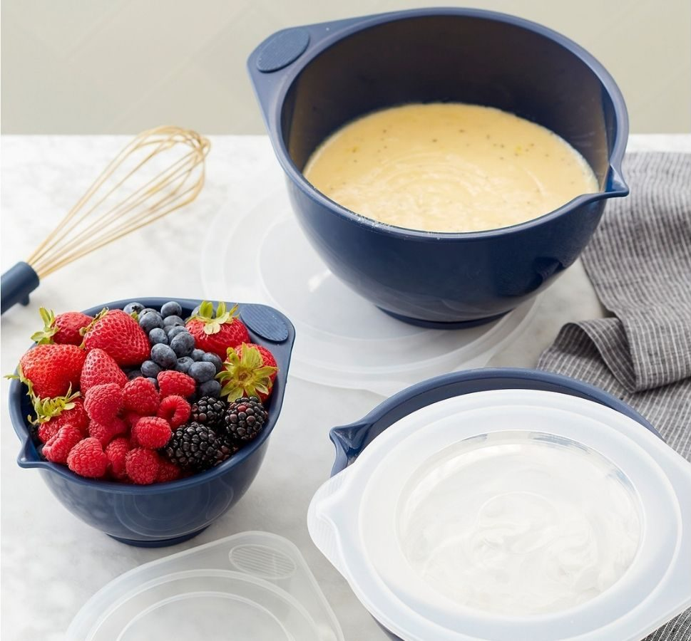 Wilton 3-Pack Covered Baking Bowls