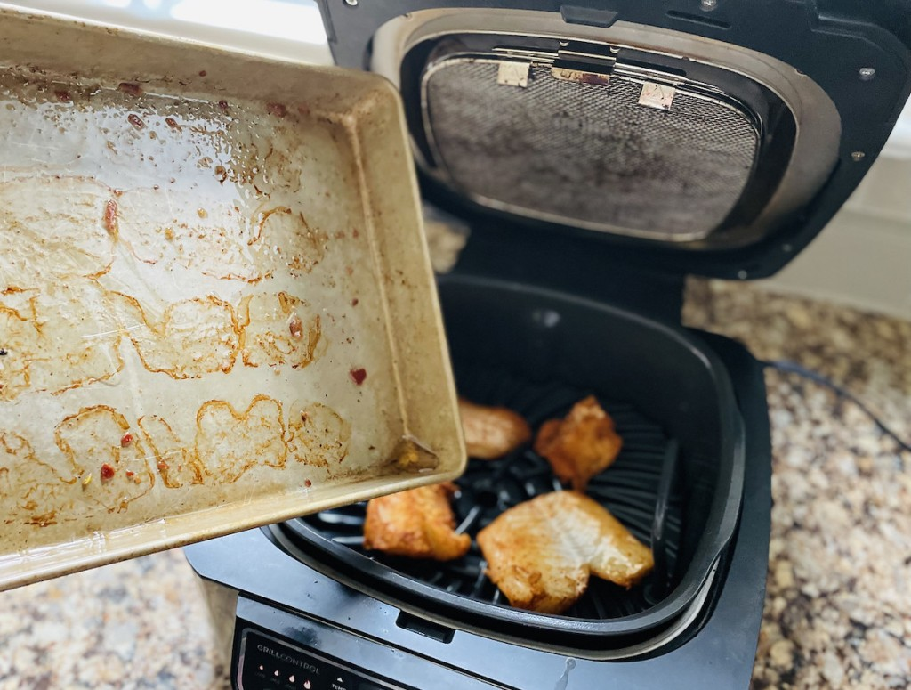 adding bacon grease to air fryer