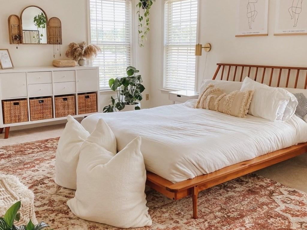 bedroom decorated in neutral tones