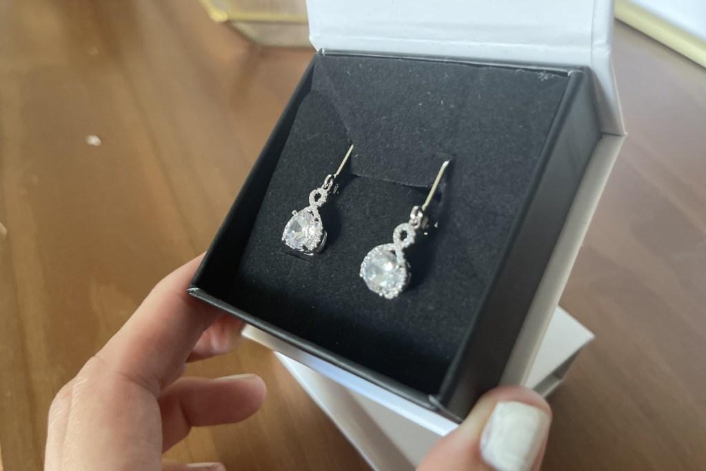 cate & chlose infinty earrings in gift box