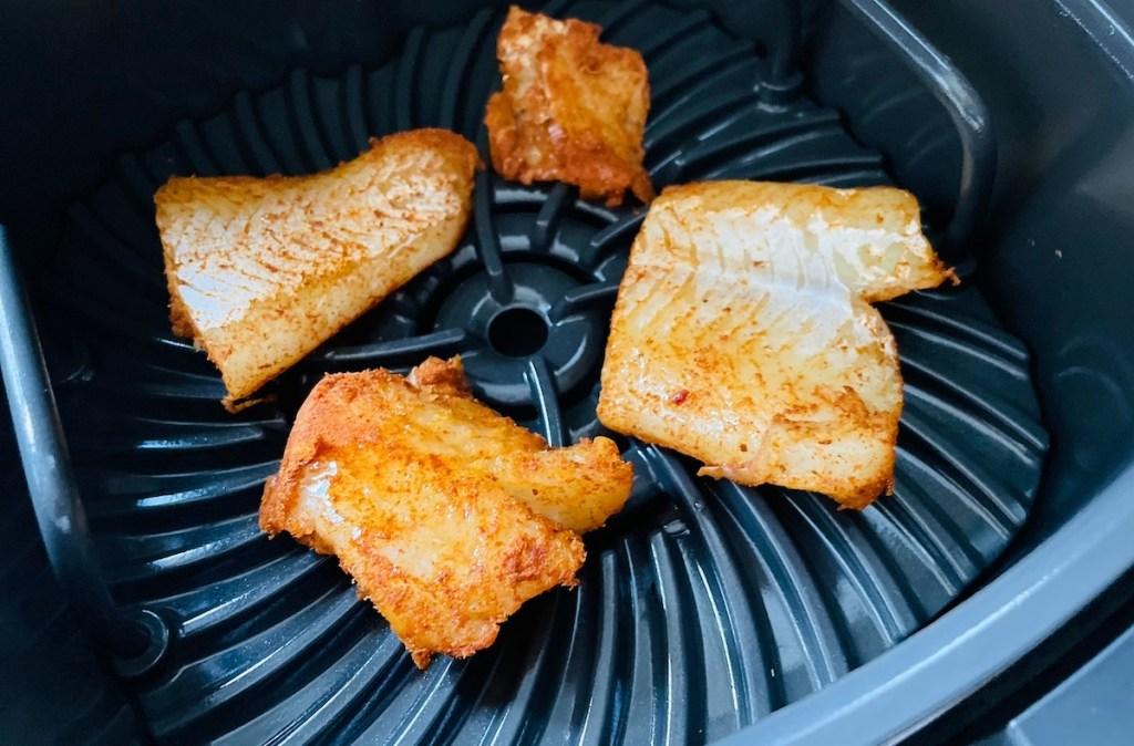 seasoned fish filets in air fryer