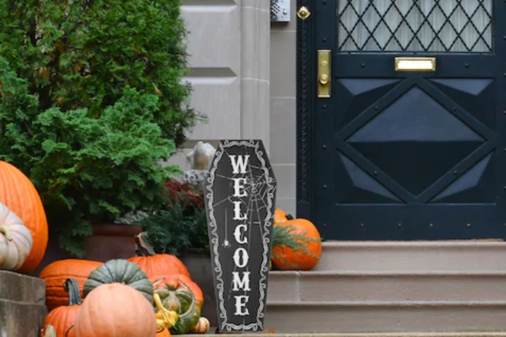 coffin welcome sign