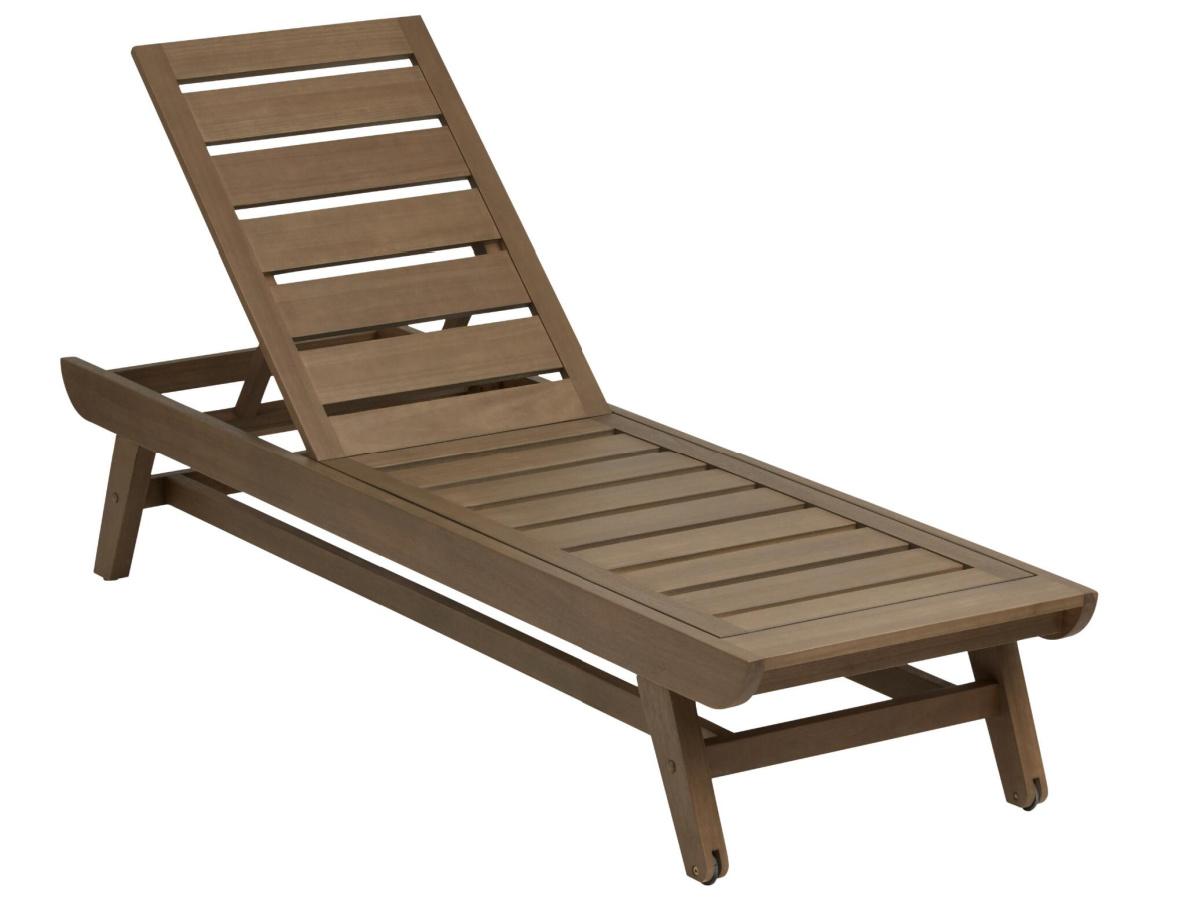 brown lounge chair