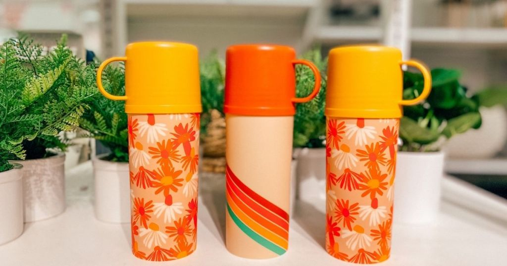 floral and rainbow cups and lids