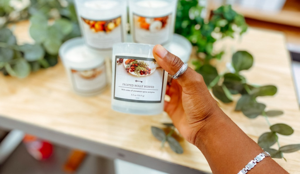 frosted holly berries candle
