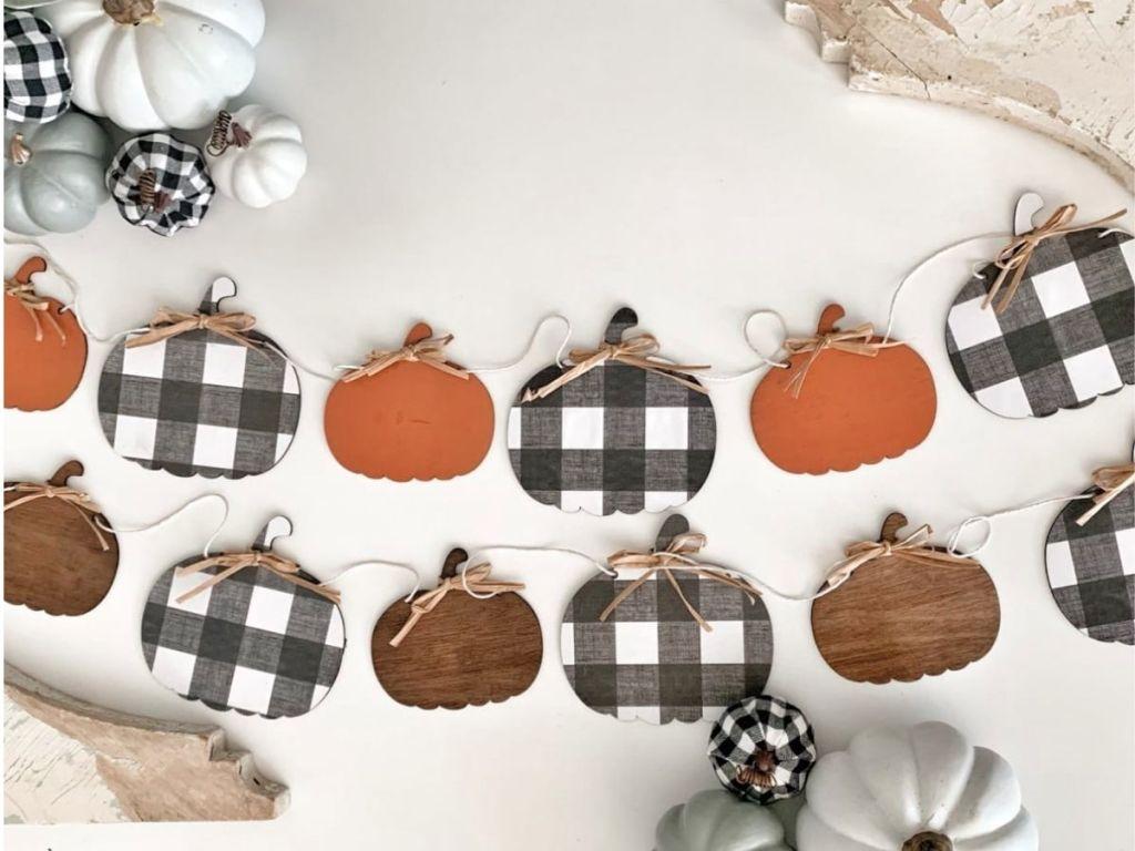 wooden pumpkin garland