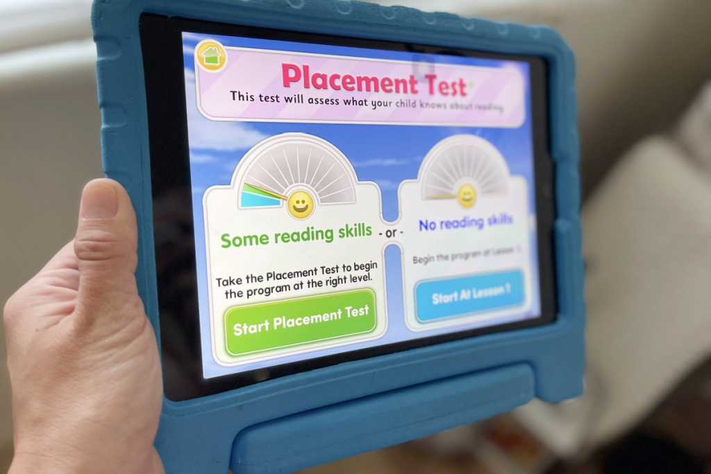 showing reading eggs placement test on screen