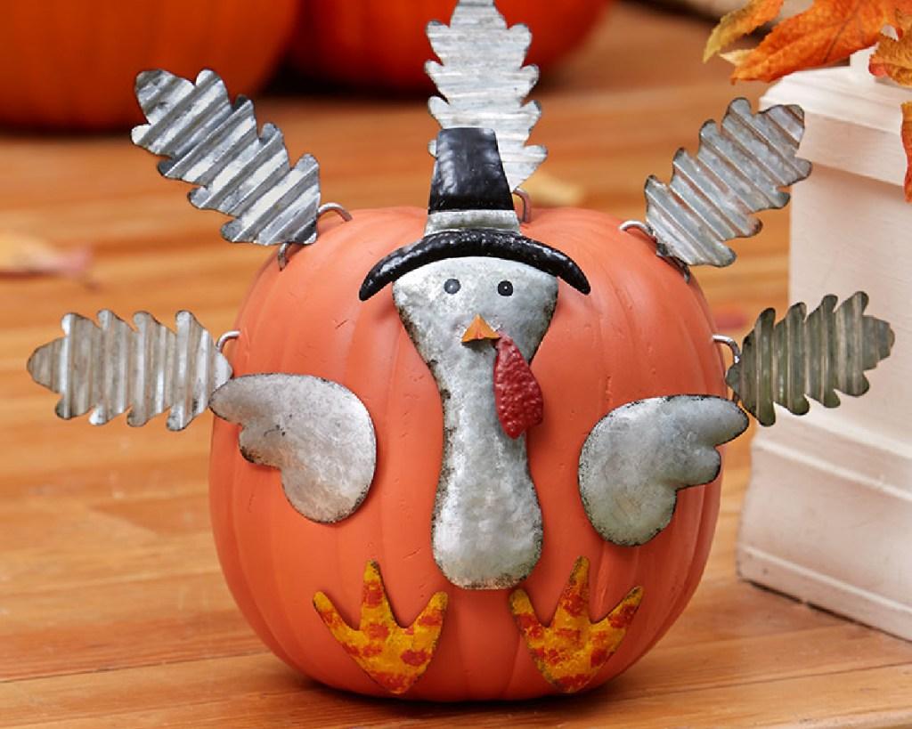turkey pumpkin stakes