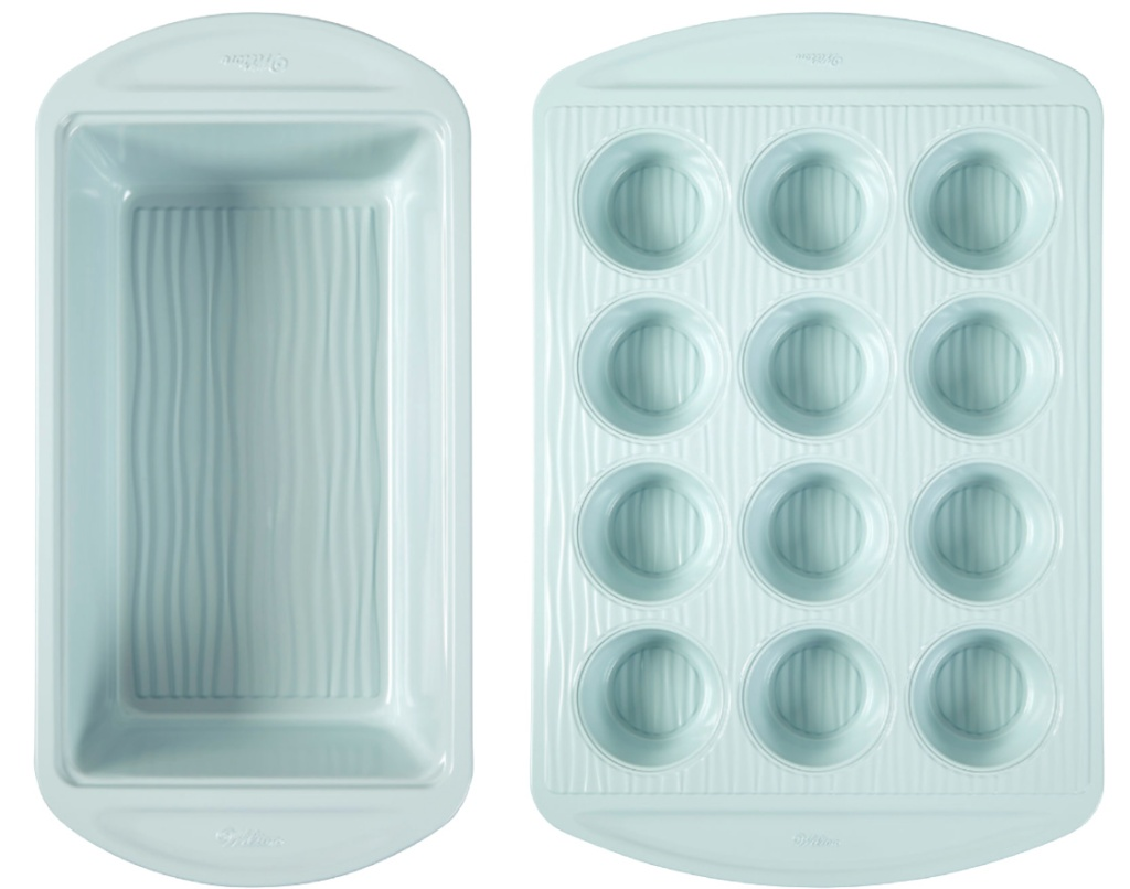 wilton bakeware bread and muffin pans