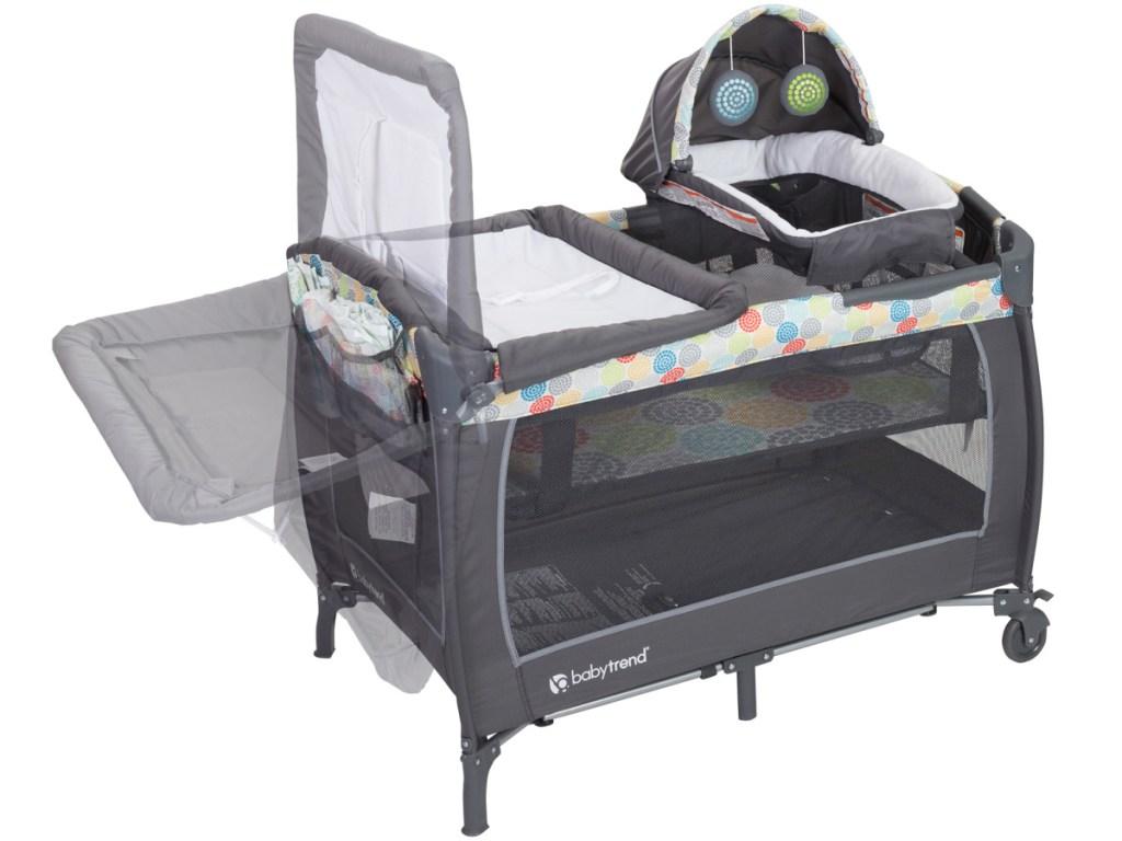 Baby Trend Lil Snooze Deluxe II Nursery Center Playard in Funfetti