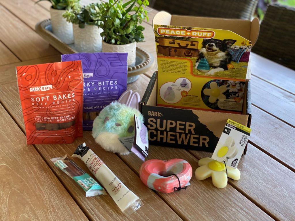 Bark Box Super Chewer Box