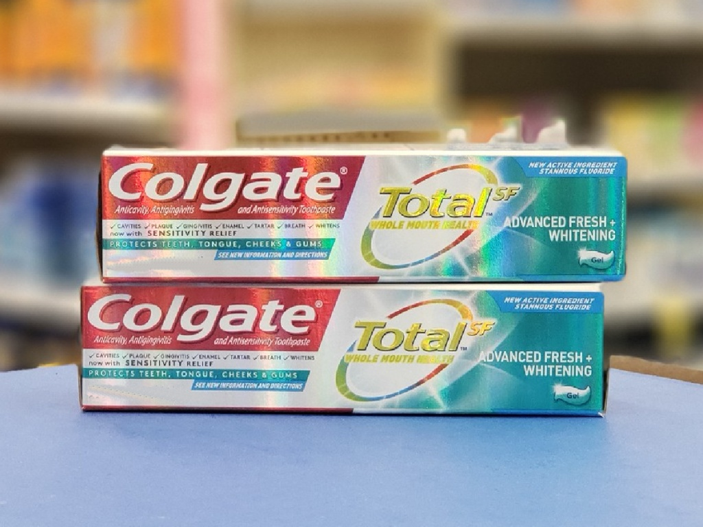 colgate total deep clean toothpastes