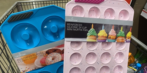 Silicone Baking Pans Only $6.99 at ALDI | Come w/ Reinforced Sides