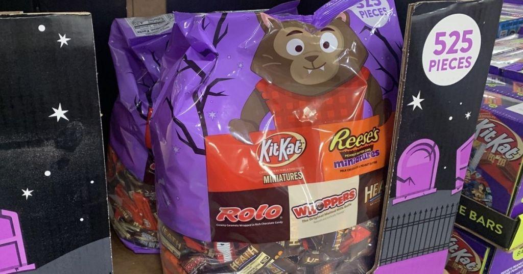 Hershey Chocolate Assortment Miniatures Halloween Candy Variety Bag