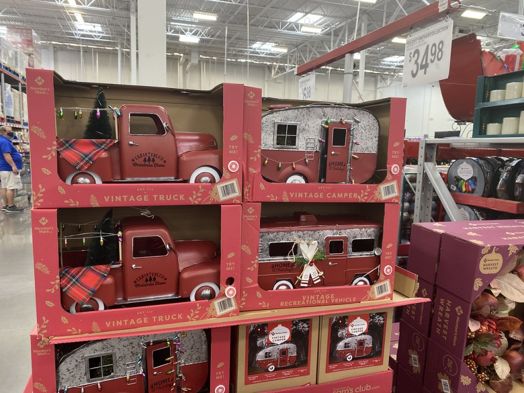 Holiday Vintage Trucks