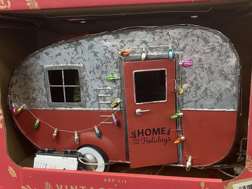 Holiday vintage camper