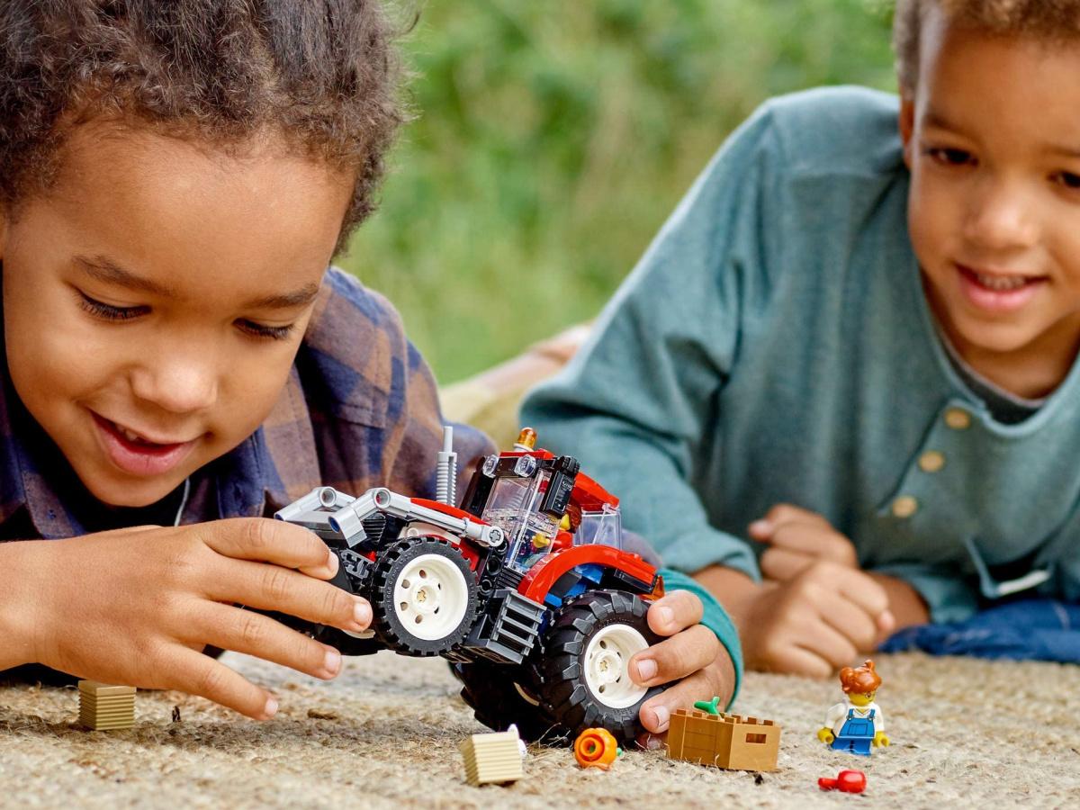 lego tractor building set