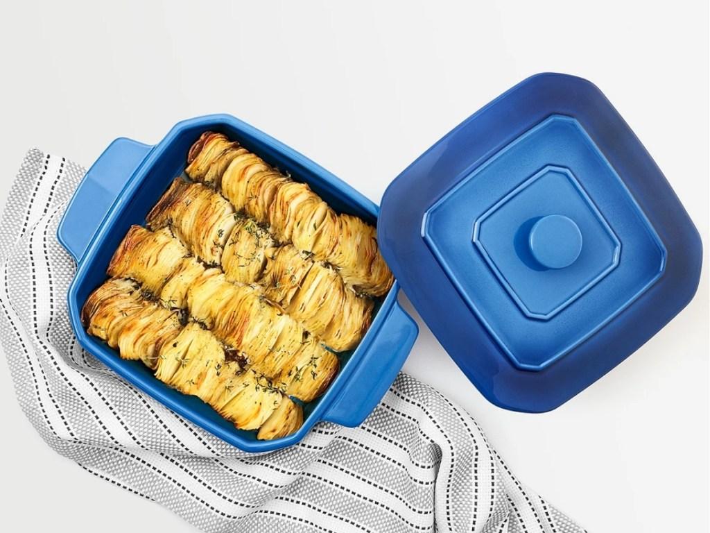 martha stewart blue baking pan with lid