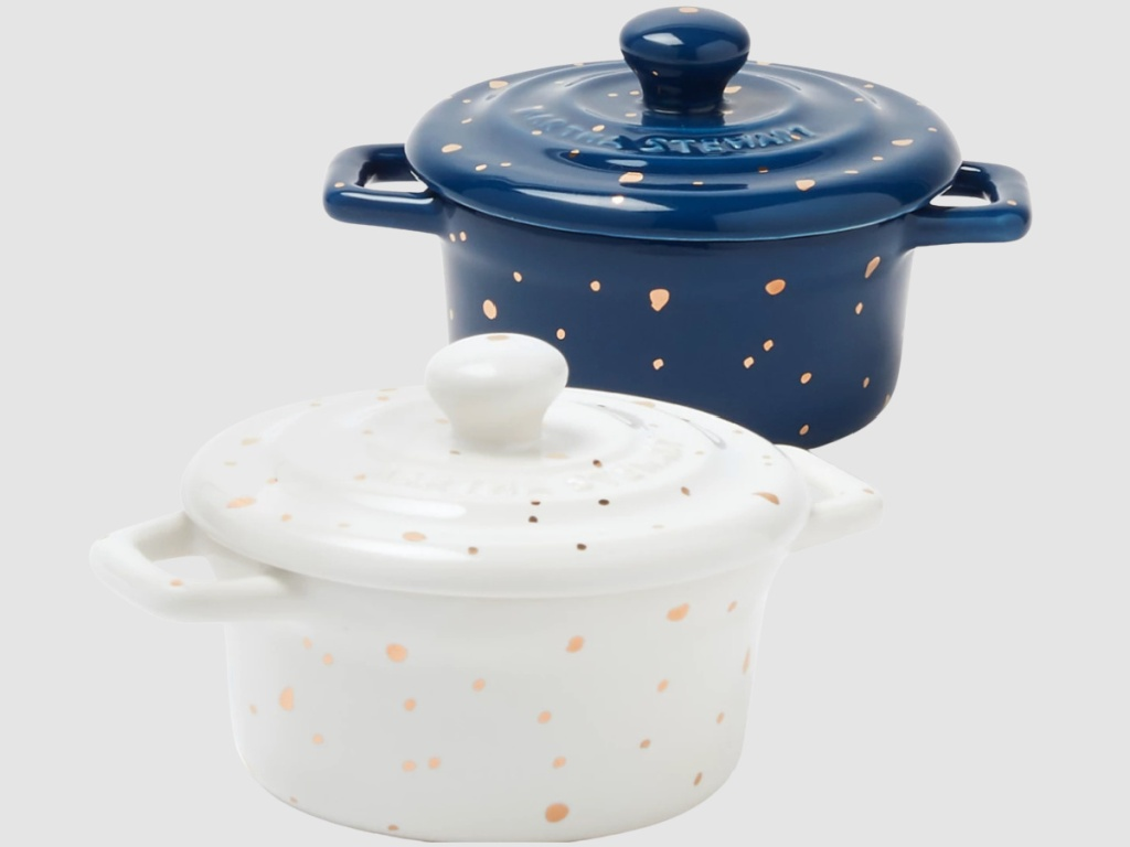 blue and white speckled pots