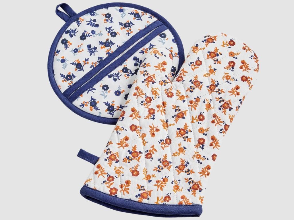 blue and orange flowered pot holder and oven mitt