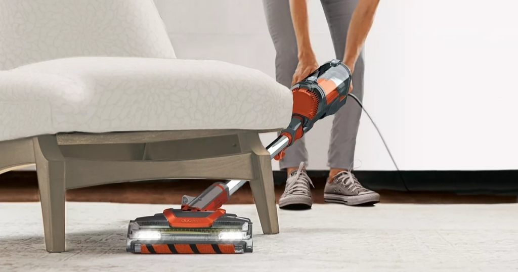 shark apex uplight vacuum
