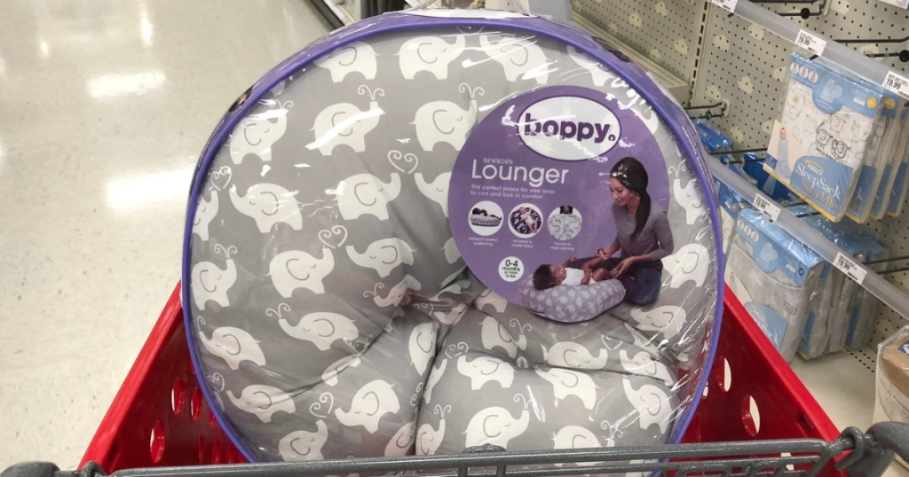Bobby newborn lounger in shopping cart