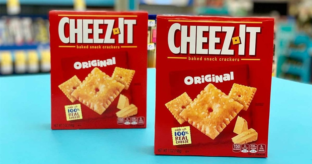 2 boxes of Cheez-It crackers